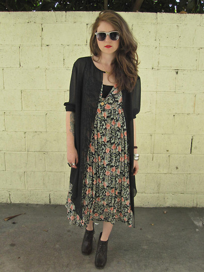 SPIRITANIMALS VINTAGE - Cheap Sunglasses, Sheer Black Cover Up, Floral Maxi Dress, Jeffrey Cambell Black Square Toe Ankle Boot - Sheer floral