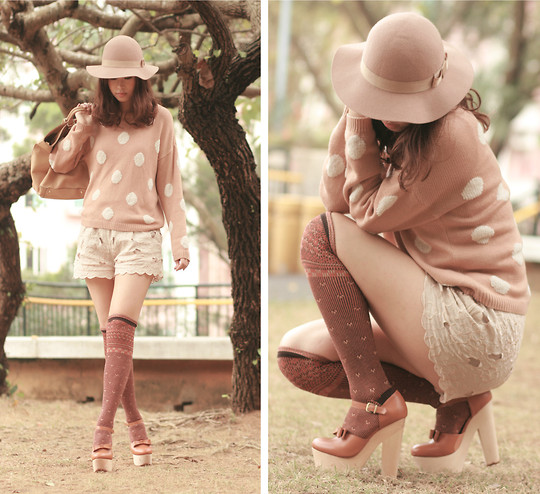 Mayo Wo - Monki Nude Hat, H&M Polka Dots Sweater, H&M Cream Shorts, Opening Ceremony Chunky Mary Jane - Tangerine latte