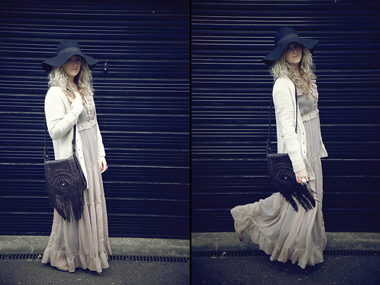 Clare Astra Morris - H&M Hat, Asos Dress, Tesco Cardigan - 70s groove