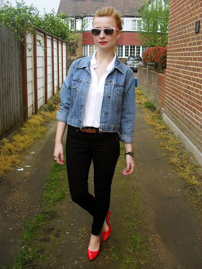 Cassia * - Vintage Jacket, Topshop Jeans, Undefined Shirt - Painted in red.