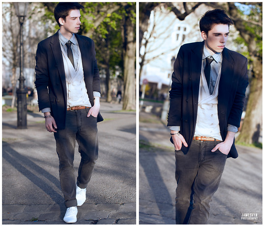 James Vyn - We Cardigan, Zara Blazer, Schmoove White Leather Shoes, American Apparel Leather Belt, H&M Tie - SPRING