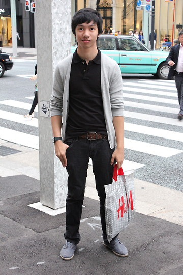 James Jason Martin - Gap Brown Plaited Belt (Genuine Cow Leather), Penshoppe Black Semi Fit Jeans, Zara Light Denim Espadrilles, H&M Black Smart Shirt, Gap Gray Cardigan, Swatch Black Gloss Rubber Watch - Out of the usual itinerary