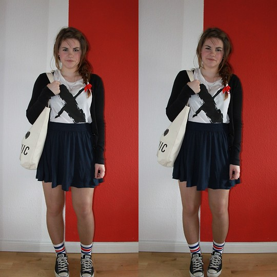Natascha C - Monki X Shirt, H&M Skirt, American Apparel Tube Socks, Converse Conversies, H&M I Love Organic - Happy