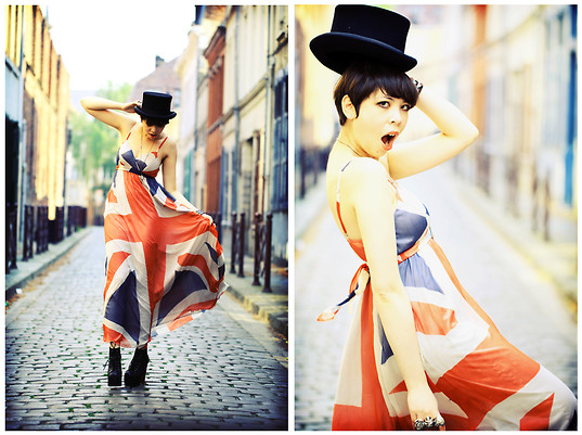Jessica D - Traffic People Union Jack Dress, Topshop Top Hat, Topshop Heart, Skull & Flower Ring - God save the Queen