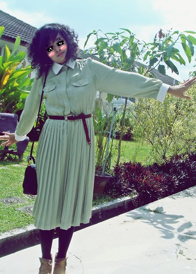 Aimi Baharin - Unknown Vintage Dress, Marc By Jacobs Belt - Ice Cream