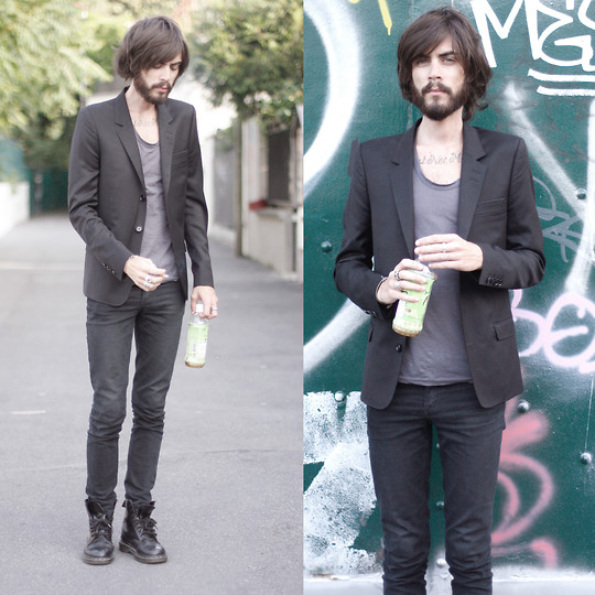Tony Stone - Cos Grey T Shirt, Cheap Monday Black Slim Pants, Dr. Martens Black Docs - SOBRE