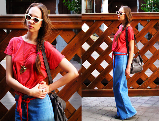 Katerine Shemyakina - New Look Top, Pull & Bear Bag, Vintage Jeans, Mango Glasses - Bell-bottoms