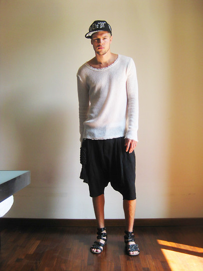 Fredric Johansson - By The R White Knit, By The R Cap, H&M Harem Shorts, By The R Rope Accessoy, By The R Gladiatori Sandals - Ropes