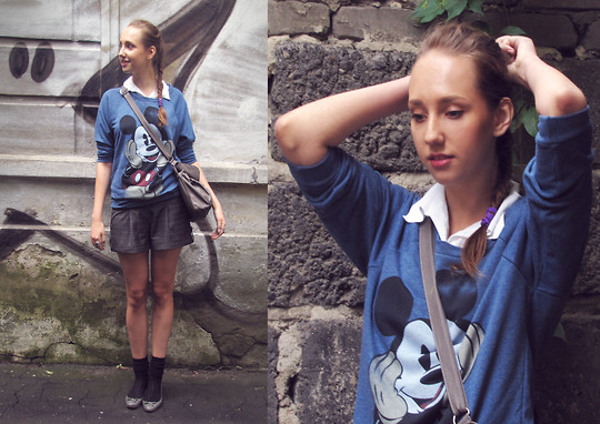 Katerine Shemyakina - Pull & Bear Sweater, Pull & Bear Bag - Mickey Mouse