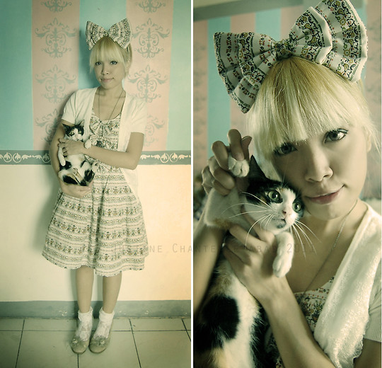 Justine Chantelle Abad - Customized / Vintage Jsk, Dorotee Sweetlips Headbow, Anna Sui White Cardigan - Wednesday Blues