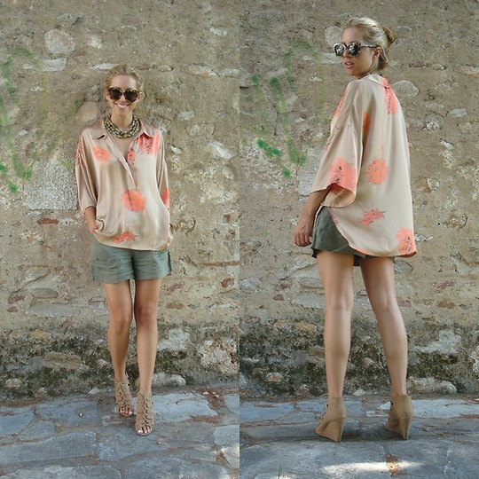 Filio Metsi - Aldo Wedges, Zara Silk Shirt, Mango Shorts - Sleek & Silk