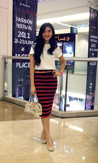 Lady lisa A - Zara Je Taime T Shirt, Stradivarius Stripes Pencil Skirt, Coach Handbag, Toywatch