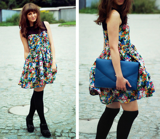 Maddy C - Dress, Clutch - Flower power.