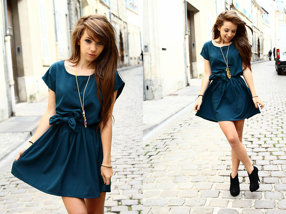 Clémentine Collinet - In Love With Fashion Dress, Asos Boots - Lucky Girl