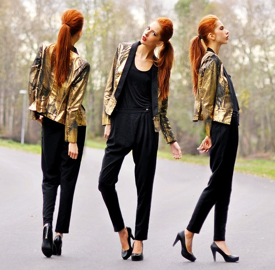 Ebba Zingmark - Mango Golden Blazer, Mango Top, Bikbok Pants, Dinsko Shoes - I Went Gold And I Felt That I Was Free