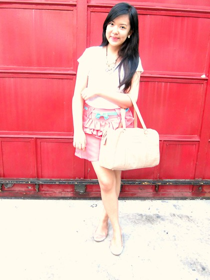 Abi K. - Mango Croc Bag, Meg* Mini Ribbon Belt, Meg* Ruffled Short, Jockey White Shirt - Its time
