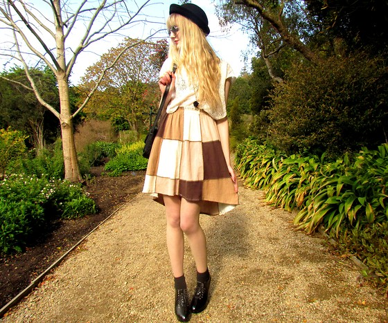 Amy Dunn - Trademe Black Bowler, Blush Boutique Scoophem Skirt, Trademe Brogue Wedges - At the drop of a hat