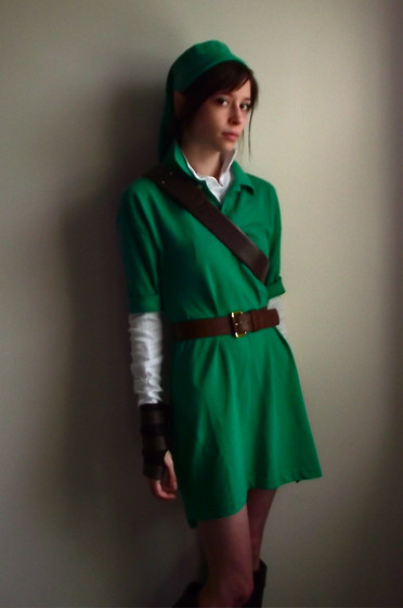 Marie M - Polo Old Oversized, H&M Leather Belt, Handmade Vinyl Bracers, Handmade Hat, Knee High Leather Boots - It's dangerous to go alone! Take this