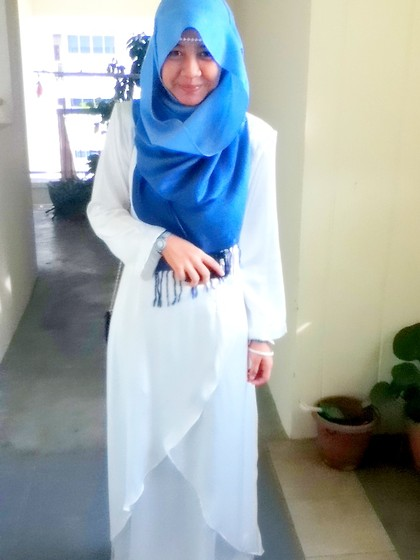Artz Jonathan - Two Toned Blue Shawl, Far East Plaza, Singapore Pearled Headband, Tailor Made At Malaysia White Dress - To be a princess