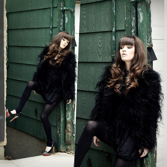 Rachel-Marie Iwanyszyn - Romwe Black Fur Coat, Tights, Aldo Capecoral Heels, Http://Www.Jaglever.Com - BODY AND SOUL.