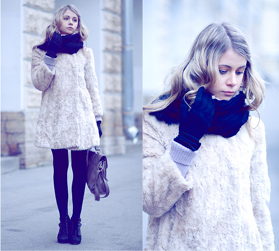 Anna Vershinina - Topshop Fur Coat - Time And Space