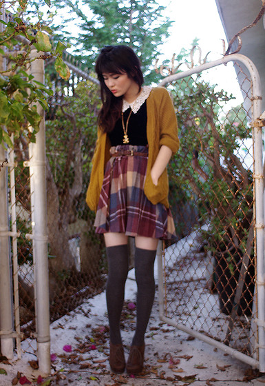 Olive Kimoto - Thrifted Vintage Teddy Bear Solid Perfume Filled Necklace That Smells Of Old Women And Aging Elegance, Thigh Highs, Wedges, :) Mustard Cardigan, Thrifted Vintage Velveteen Lace Collared Blouse, Thrifted 70s Plaid Skirt - Mimosa pudica
