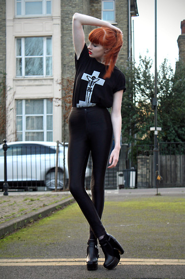 Olivia Emily - The Orphan's Arms 'A Sore Heart' Top, American Apparel Disco Pants, Ebay Heelz - The Faint of Heart.