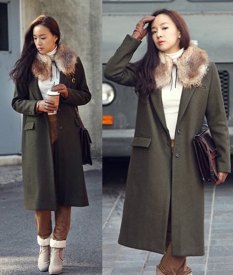 Becky Baek - Brown Fur Kara, Minimal Long Coat, Brown Tote Bag, Suede Pants, Suede Wool Ankle Boots - Minimal