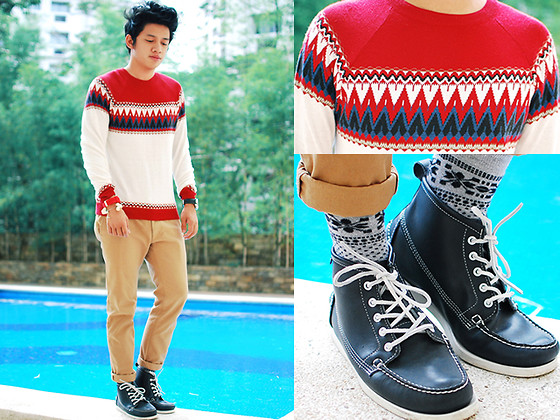 David Guison - Topman Holiday Sweater, Os Bone Cuff, Topman Socks, Sebago Midnight Blue Beacon Docksides, Topman Chino Pants, Sm Accessories Watch - Christmas Eve