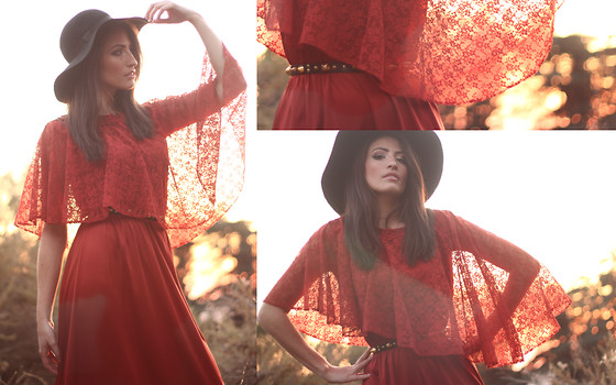 Amanda Christine W - Jet Rag Vintage Capelet Dress, Floppy Hat, Studded Skinny Belt - Fuming