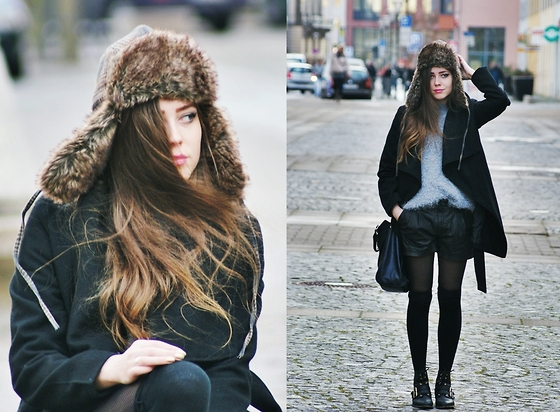 Kasia Szymków - Mango Shorts, Second Hand Sweater, Stradivarius Boots, Second Hand Faux Fur Hat - Hi, 2012 !