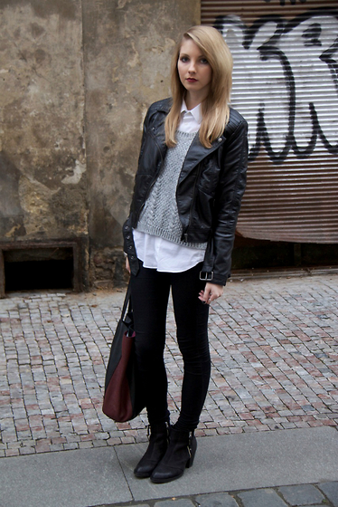 Pavlina J. - H&M Biker Jacket, Kappahl Sweater, Topshop Skinny Jeans, Topshop Ankle Boots, Zara Bag - Under the gun