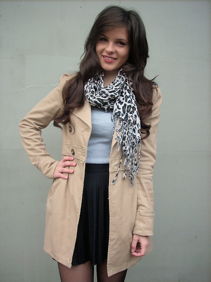 Weronika Sandra - H&M Coat, Primark Skirt, New Look Blouse, Sh Scarf - 10-01-12