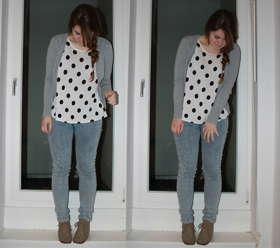 Natascha C - H&M Polka Dot Oversize Shirt, Cotton On Grey Cardigan, Switch Acid Wash Jeans, Ebay Suede Laced Wedges - FRISKY