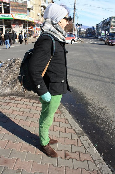 Adrian Vele - Fvadrian Coat, Ray Ban Vintage Ray Ban Wayfarer Max Usa Bausch&Lomb B&L Bl Black Sunglasses 80s Unworn Zoom Enlarge Sell One Like This Vintage Ray Ban Wayfarer Max Usa Bausch&Lomb B&L, Fvadrian My Green Pants, Fvadrian Leather Boots - We live in a beautiful world.