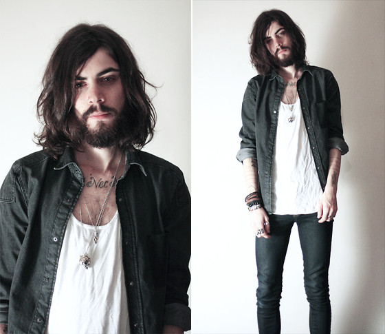 Tony Stone - H&M Black Denim Shirt - On aime pas la St. Valentin mais on aime bien Lookbook.