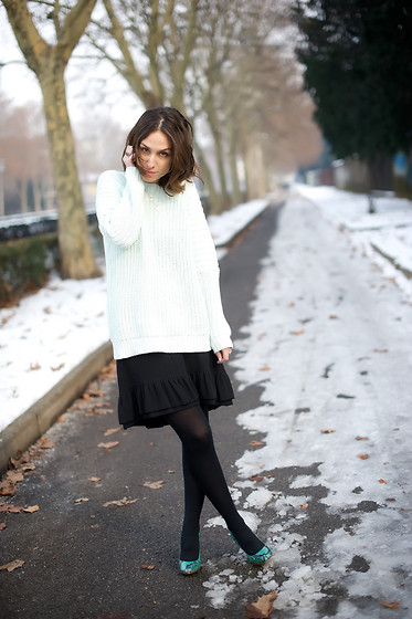 Erika Boldrin - H&M Mint Sweater, Jo No Fui Skirt, Zara Shoes - Tulip