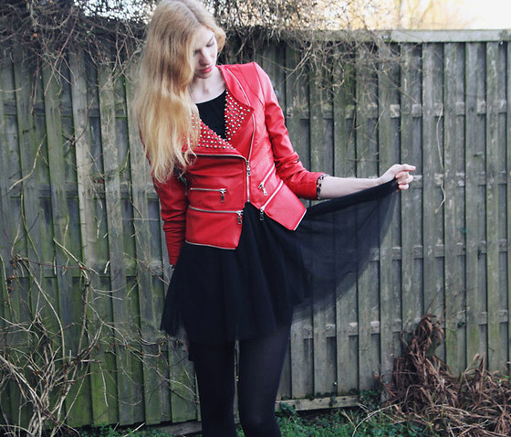 Zuzi * - Jacket, H&M Dress - Red studded jacket