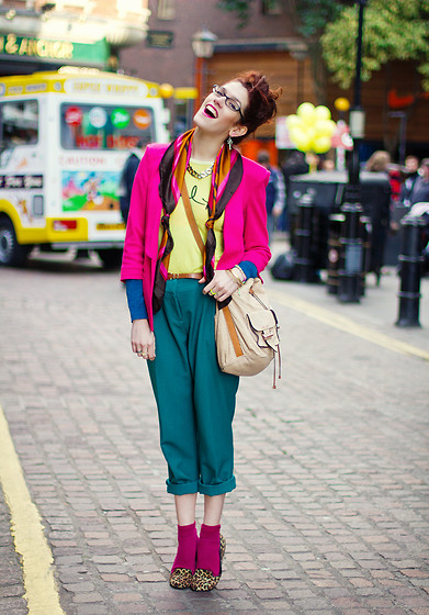 Lucy Nicholls - Mulberry Leah, Clothing At Tesco Teal Trousers, Asos Blazer, Paul Smith X, Clothing At Tesco Leopard Loafers - Colourful Covent Garden