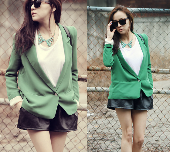 Becky Baek - Green One Button Jacket, Green Necklace, Black Leather Pants - Green jacket