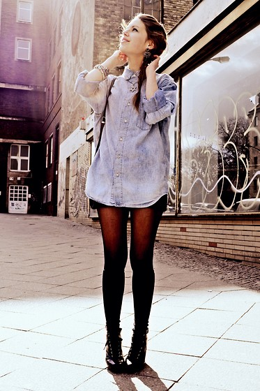 Jasmin Fatschild - Shoes, Oasap Socks, Denim Shirt - WAKE ME UP IN SAN FRANCISCO