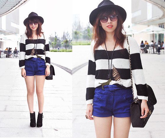 Linda Tran N - Knit, Shorts, Bag - I can't tell if it's killing me or making me stronger.