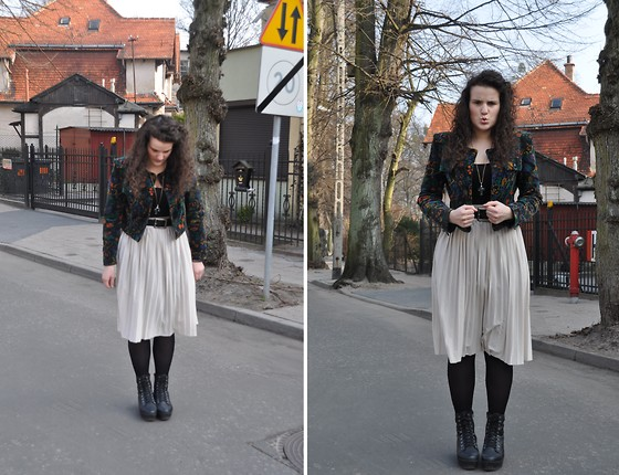 anaïs ▲ - Vintage Jacket, Indie Shop Transparent Cross Necklace, Primark Midi Skirt, Vintage Mum's Belt, Vagabond Platform Shoes, C&A Dress Worn As A Shirt -  do not fall in love.