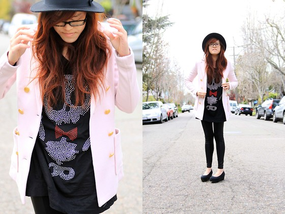 Bernadette Le - Yesstyle Skull Shirt, H&M Pink Blazer, Yesstyle Two Toned Leggings, H&M Platforms, H&M Hat - Skull and hat