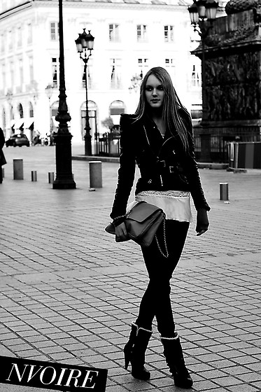 Natalie . - See Blog! Boots, Zara Oversized Clutch, See Blog! Leatherjacket - Place Vendôme