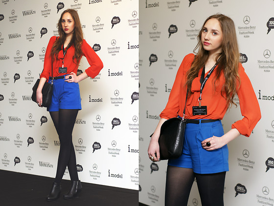 Katerine Shemyakina - H&M Blue Shorts, H&M Blouse, Zara Bag - The first day