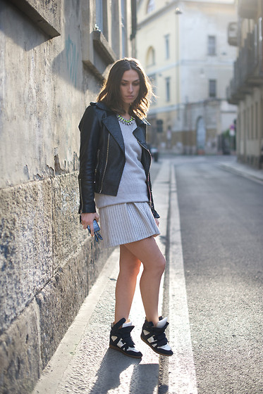 Erika Boldrin - Forever 21 Jacket, Mina Art Shirt, Mina Art Skirt, Isabel Marant Snearkers - Sporty