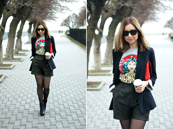 Katerina Revenko - Topshop Jaket, New Look T Shirt, Zara Shoes, Zara Bag - Wonder Woman