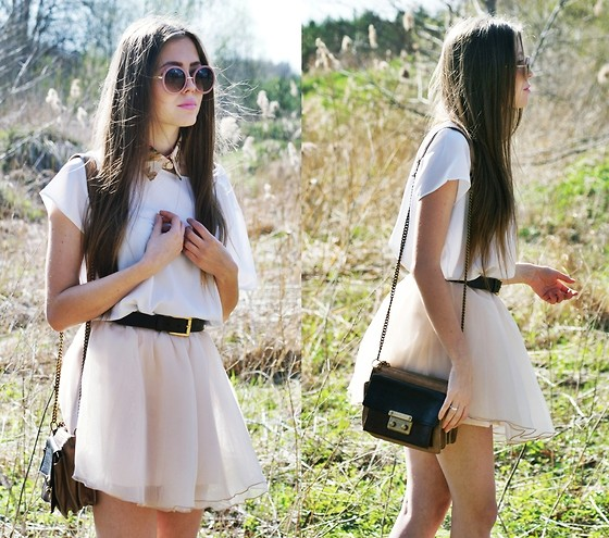 Kasia Szymków - Skirt, Secondhand Belt, Secondhand Blouse, Baracamy Bag, Sunglasses, Collar - So bright