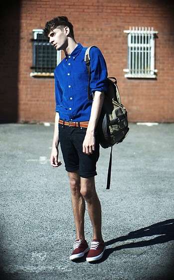 Matt Fielding - Topman Blue Cord Shirt, Rucksack, Steals Cut Off Jean Shorts, Topman Tan Belt, Primark Maroon Pumps - Blue
